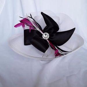 Fine Millinery Collect White Wide Brim Derby Hat